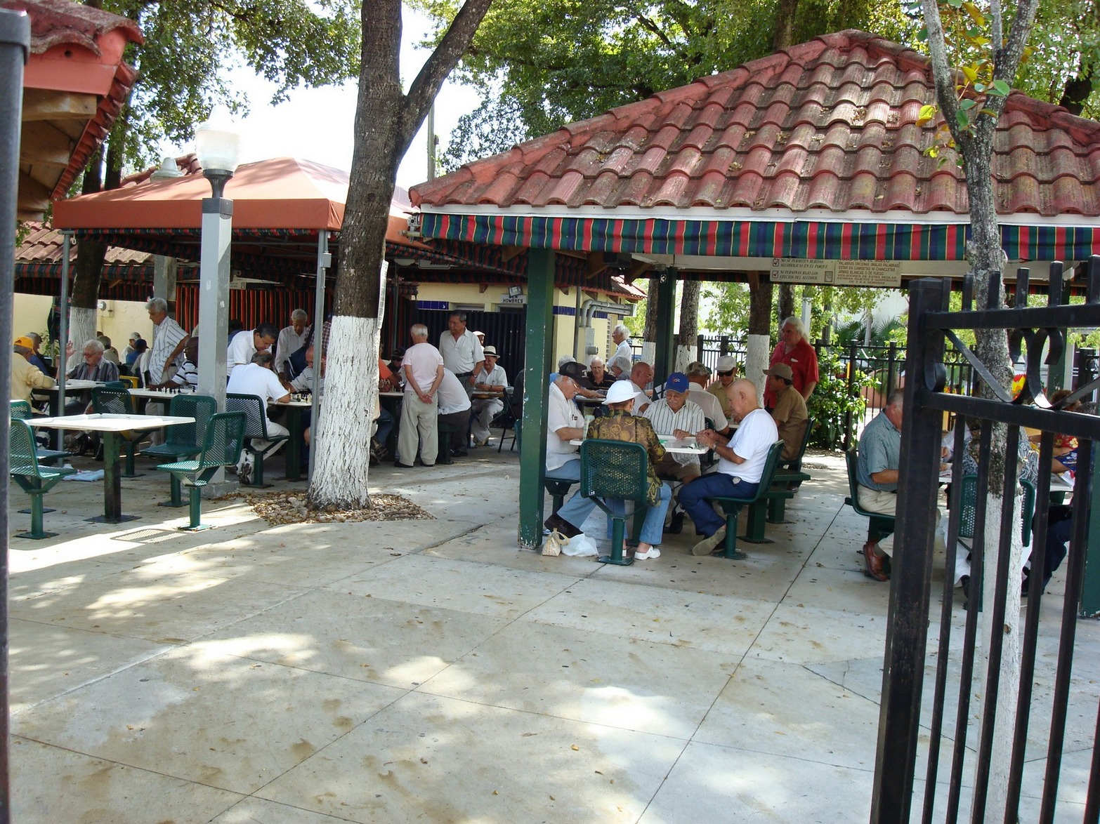 Cuban District, Domino, Miami