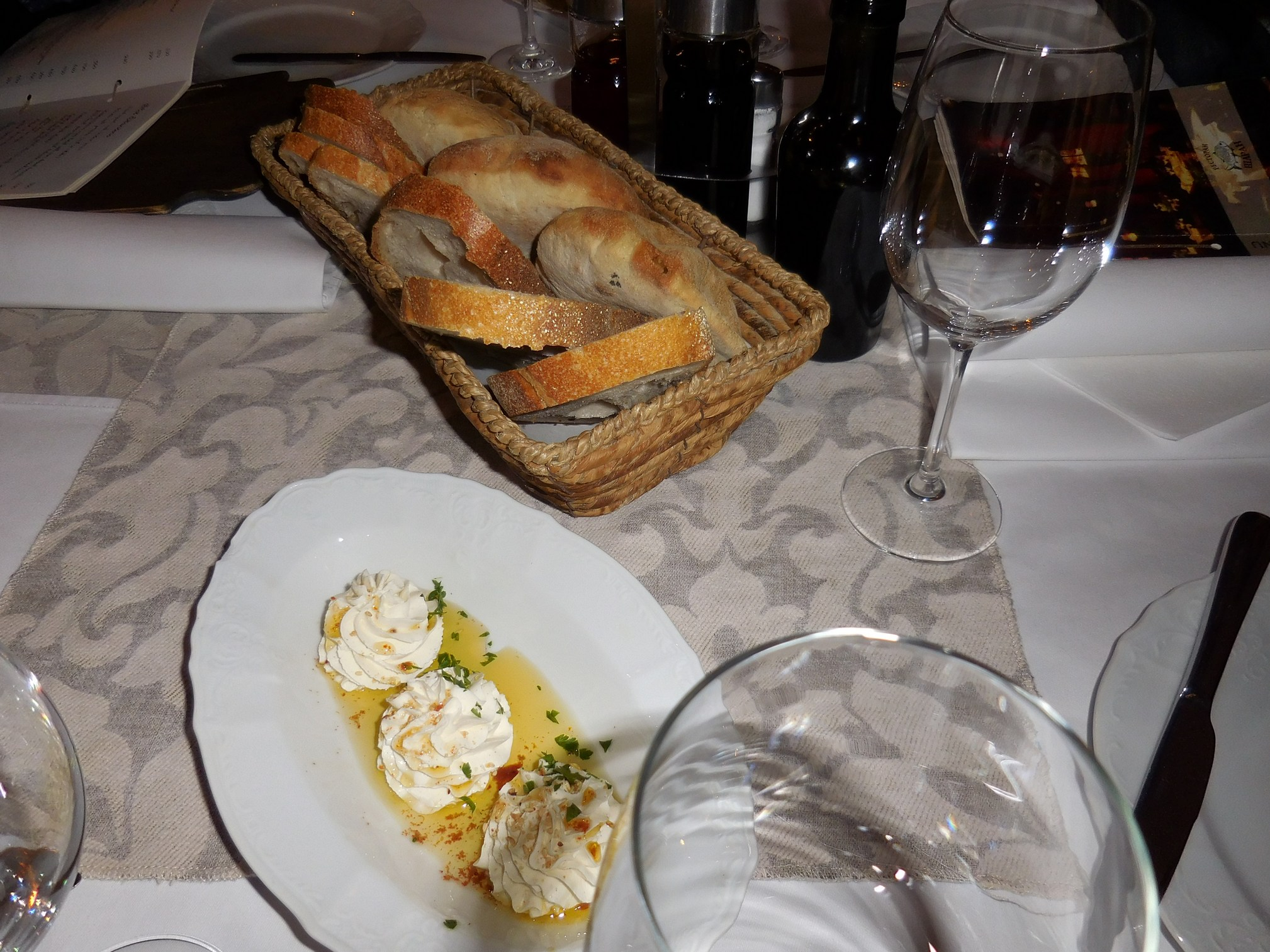 Belgrade, Carp Restaurant, Home-made bread, Srbija