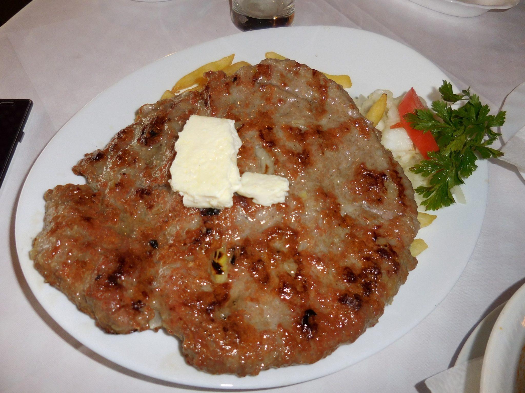 Belgrade, Stari Pingvin Restaurant, Pljeskavica, Srbija