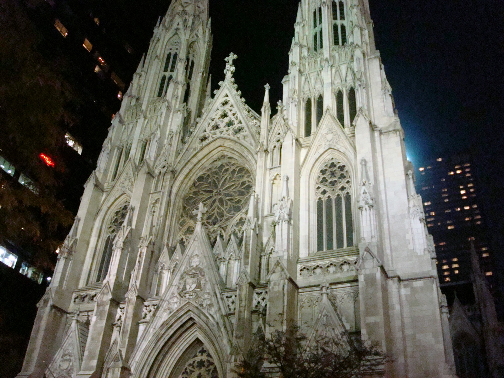 New York City, Manhattan_StPatricksCathedral_GothicArchitecture
