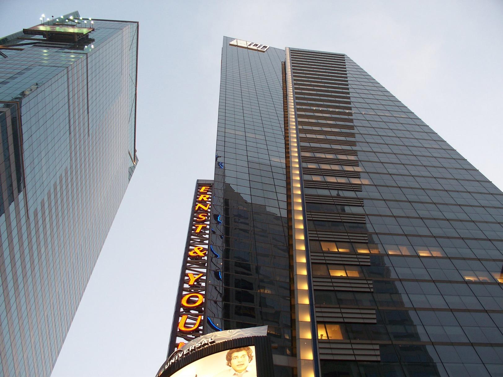 New York City, Manhattan_TimesSquare_Skyline