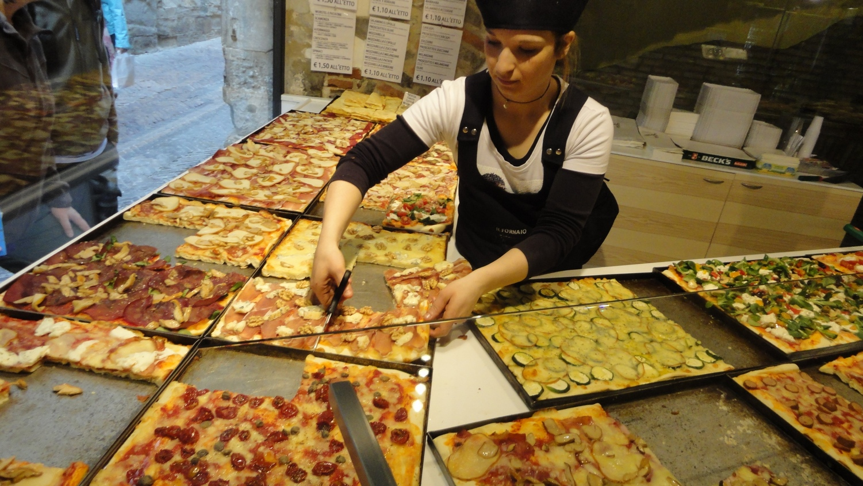 Bergamo Italy Delectable Pizza Many Varieties
