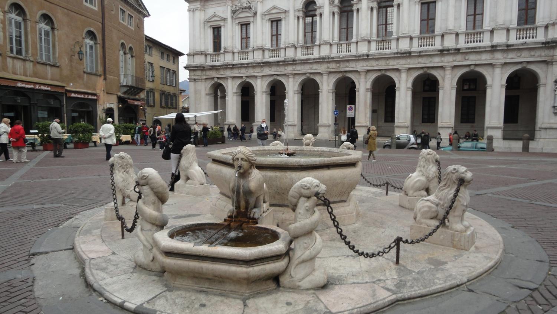 Green Bergamo Italy Upper City Main Square