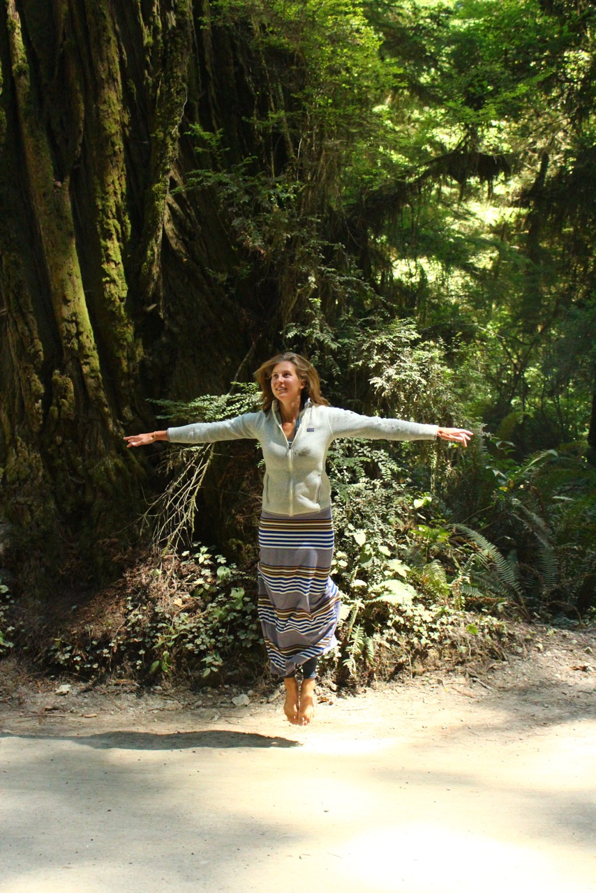 8000 miles trip - Red Woods Park, California, USA, Mer Levitating