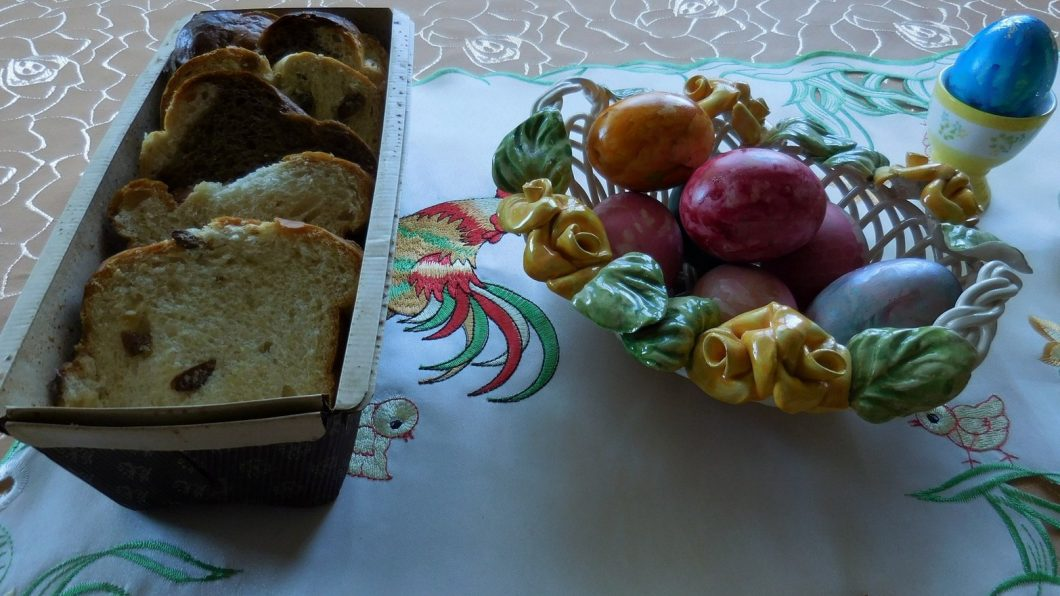 Easter, Colourful Eggs, Bulgaria, Orthodox, Featured Image, Table