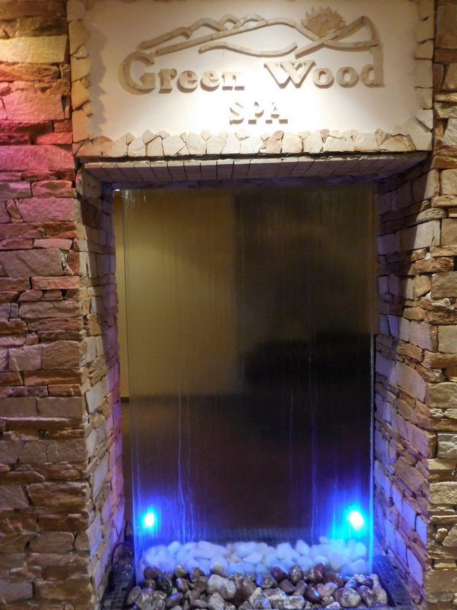 Green Wood Hotel & SPA, Bansko, Bulgaria, Amazing Water Window