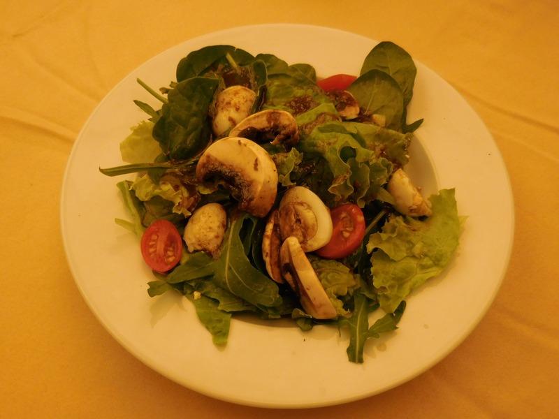 dupnitsa-bulgaria-hotel-rila-dinner-salad-quail-eggs