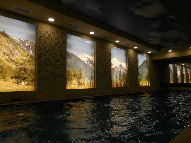 dupnitsa-bulgaria-hotel-rila-indoor-pool-mountain-scenery
