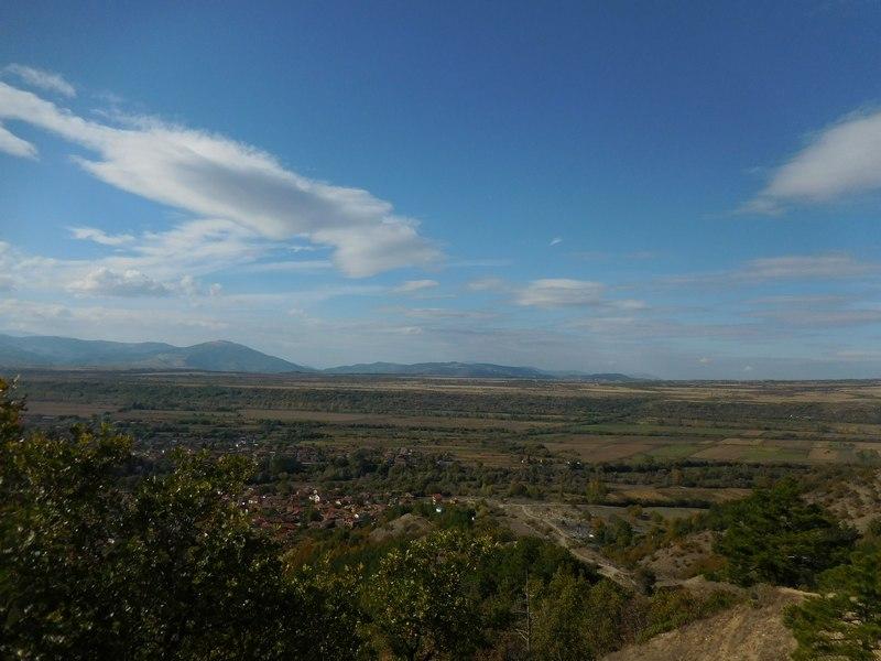 dupnitsa-bulgaria-stob-pyramids-stupefying-panorama