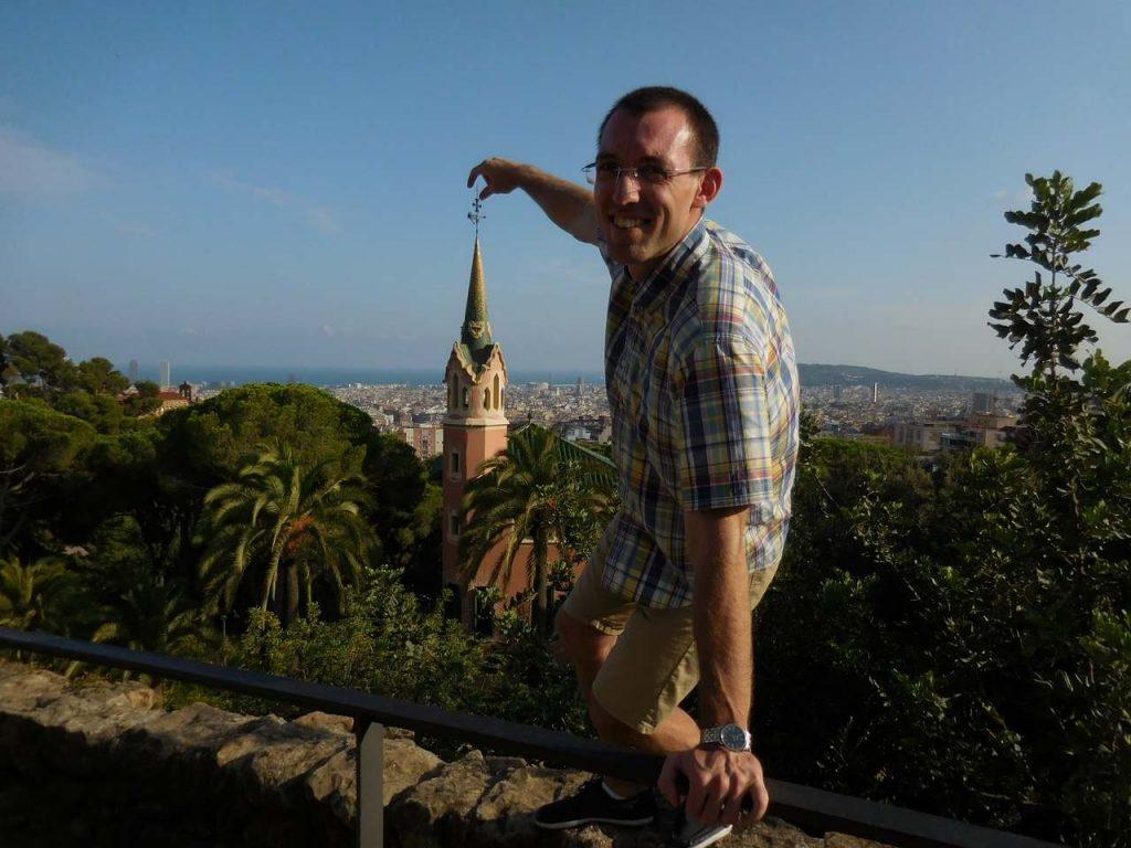barcelona-spain-park-guell-casa-gaudi-svet