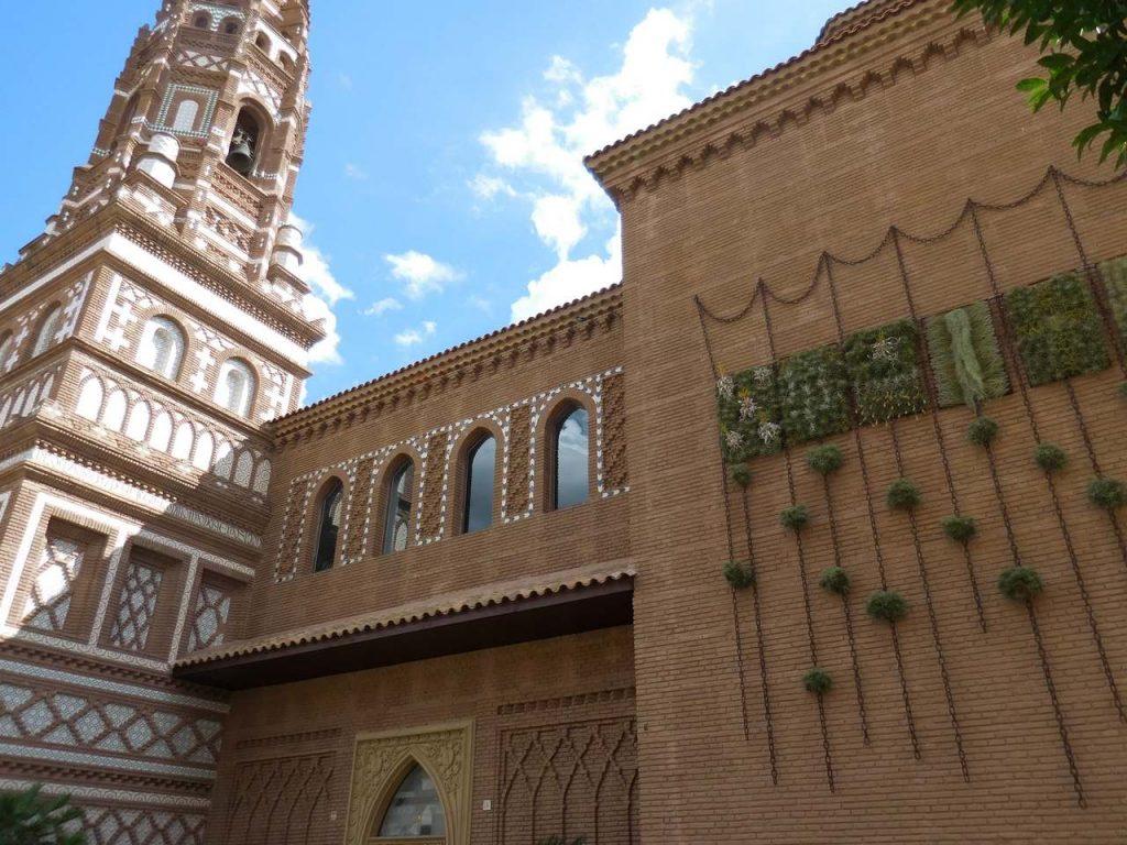 barcelona-spain-poble-espanyol-legendary-architecture
