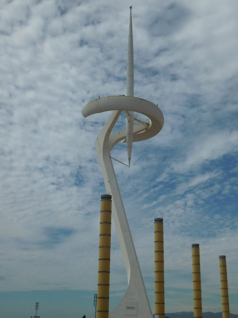 photos-of-barcelona-santiago-calatrava-torre-olympic-city