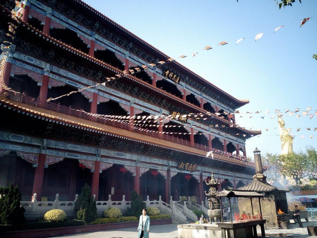 Lotus hill-china-kwan-yin-pavilion-facade