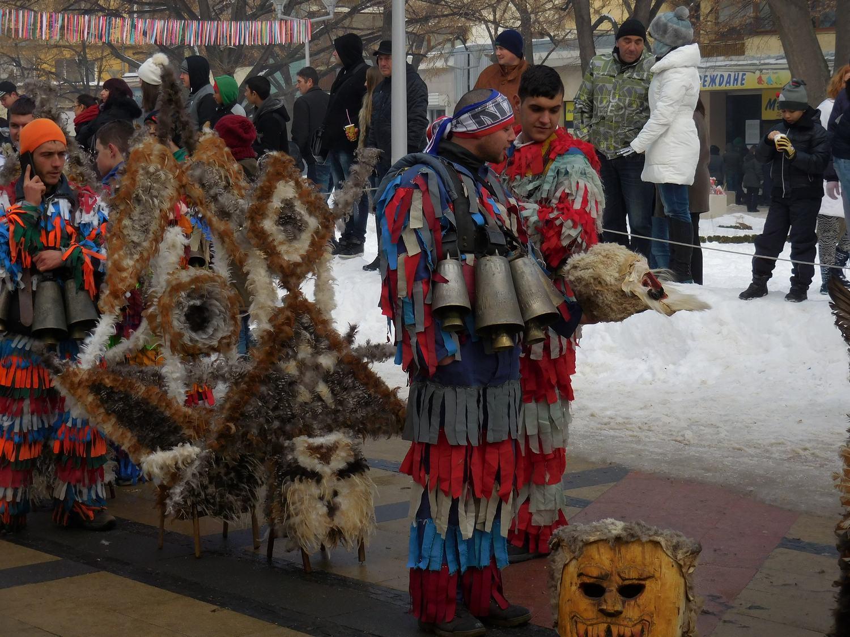 kukeri pernik bulgaria