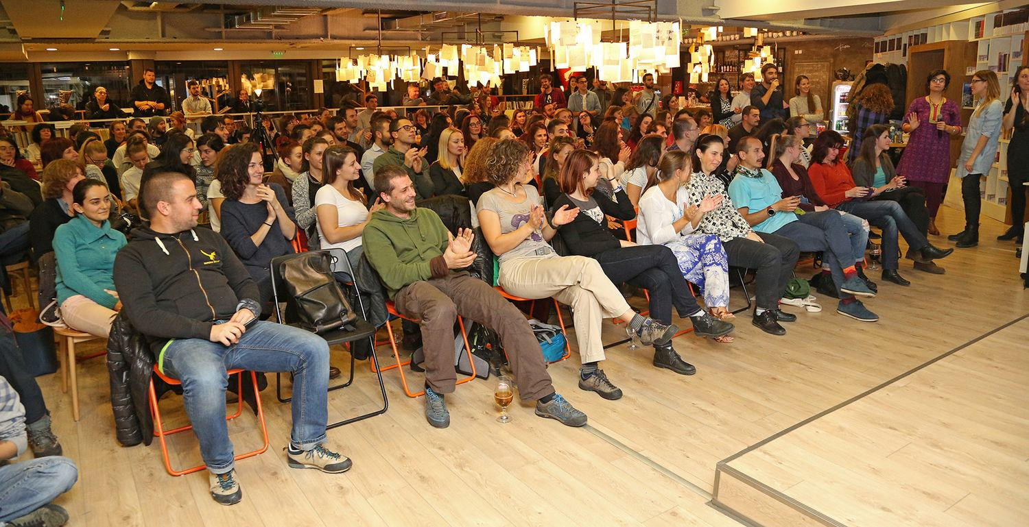 TOS, audience, front pic, sofia, bulgaria, traveler on stage