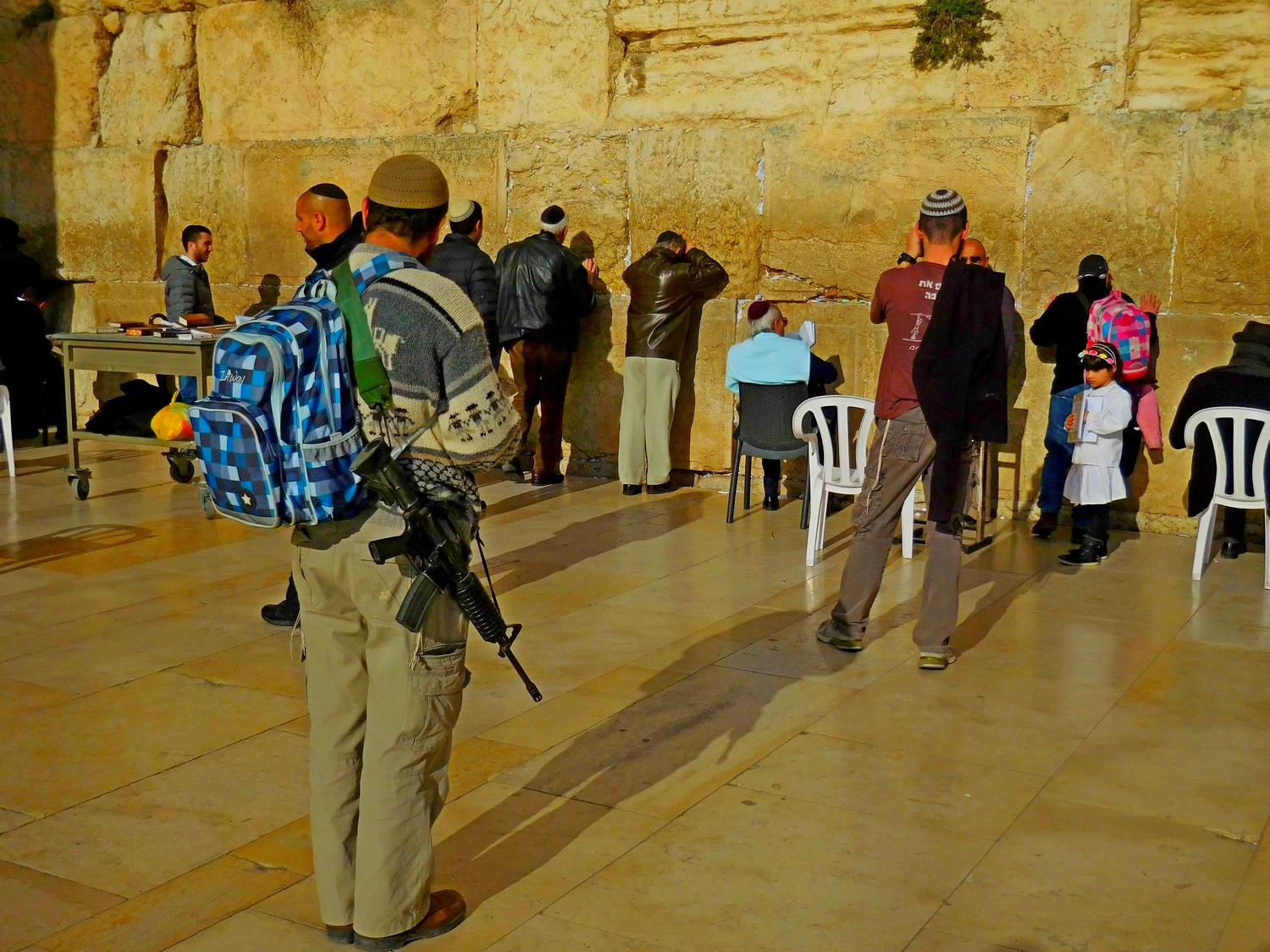 History of Jerusalem, soldier, wailing wall, old city, m-16
