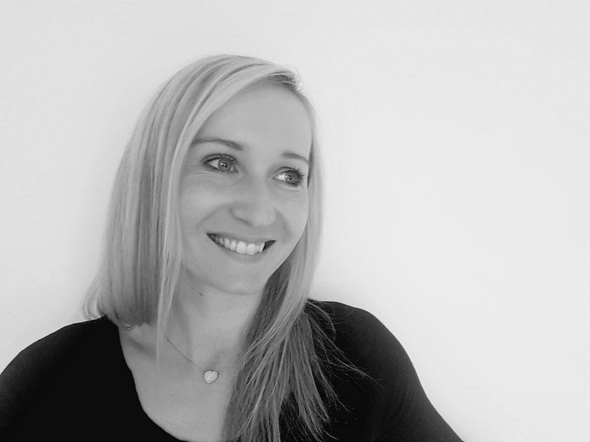 Anita Brocka, Mindset Coach, BW Portrait Image