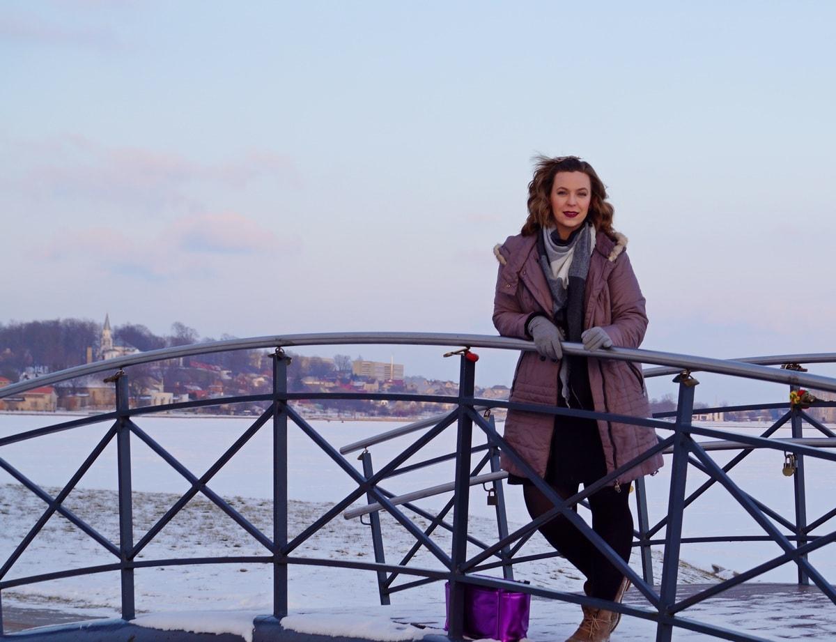 Young Entrepreneurs Talk, Toma Kalas, Bridge, Outside