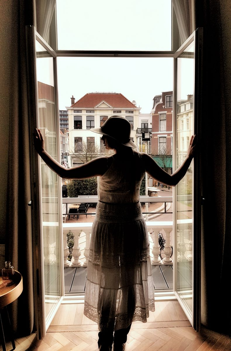 Young Entrepreneurs Talk, Naomi Louwerens, Hotel Window