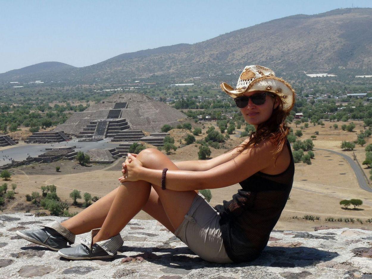 Young Entrepreneurs Talk, Alexandra Kovacova, Mexican Pyramids