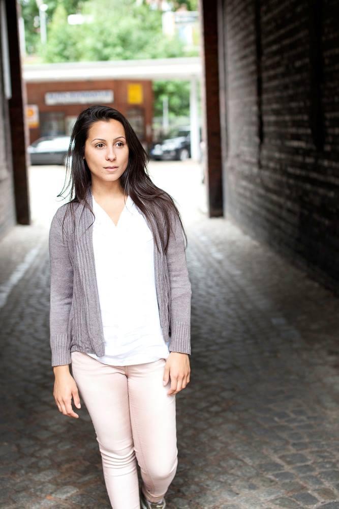 Young Entrepreneurs Talk, Ariane de Melo, Street